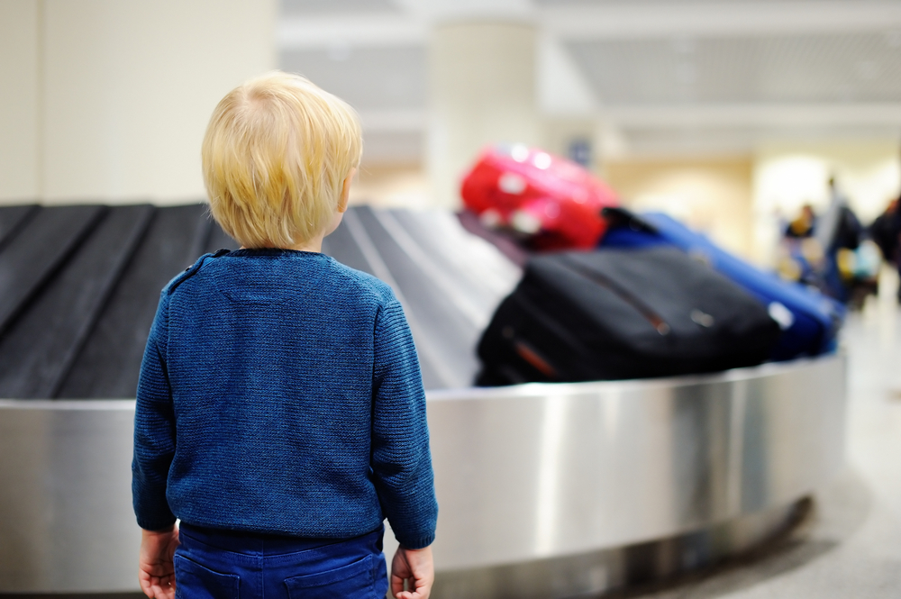 Checking a car seat on an airplane: 3 risks to consider [+ more important tips]