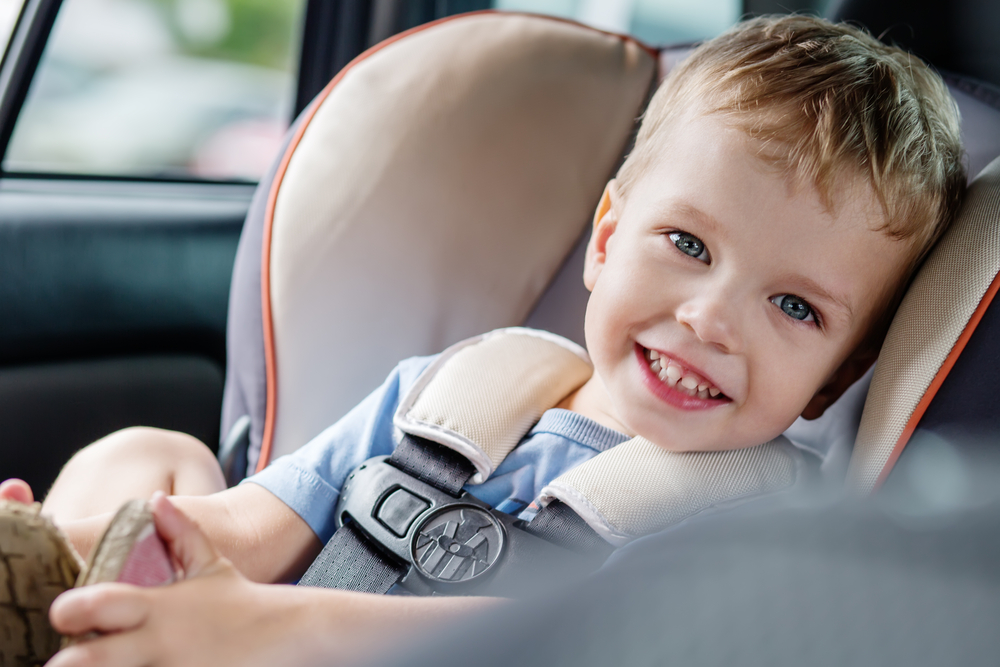 What S The Best Lightweight Convertible Car Seat For Travel 2020 Reviews Travel Car Seat Mom